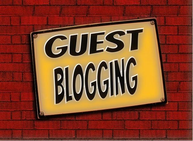 blogging-1168076_1280.jpg